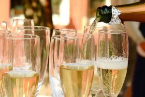Champagne 2407247 1280