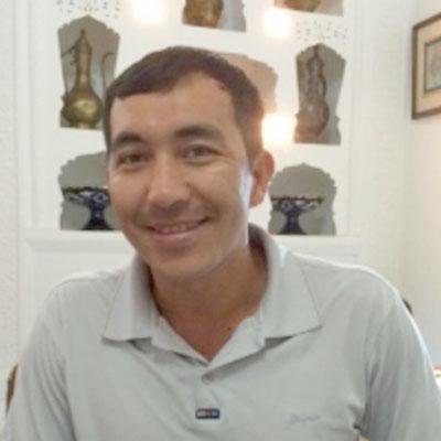 Ilhom, directeur Ouzbek voyages