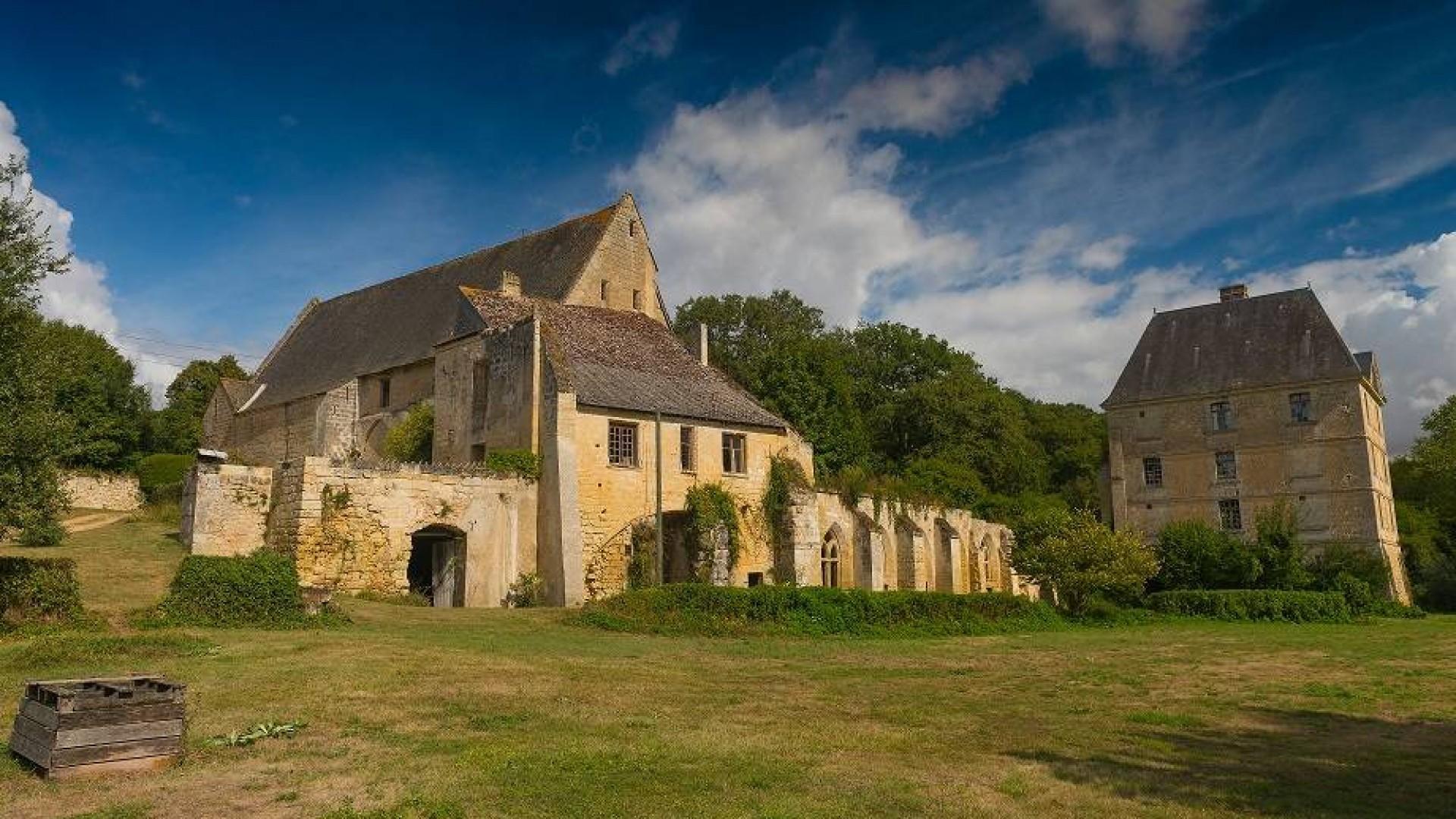 Abbaye de la Clarté Dieu | Clarté Dieu | Monument historique | France